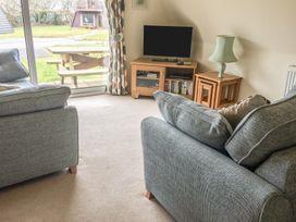 Lodge 22, Waterside Park, Cornwall - Cornwall - 954965 - thumbnail photo 4
