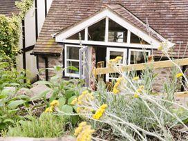 Upper Farm Barn - Shropshire - 955088 - thumbnail photo 16
