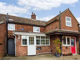 Holly Cottage - Norfolk - 955157 - thumbnail photo 1