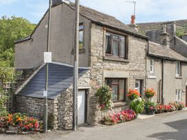 2 bedroom Cottage for rent in Bradwell