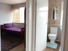 Lavender Lodge - Kent & Sussex - 955539 - thumbnail photo 14