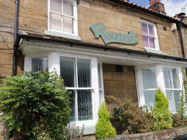 Shirian Apartment - Whitby & North Yorkshire - 955733 - thumbnail photo 11