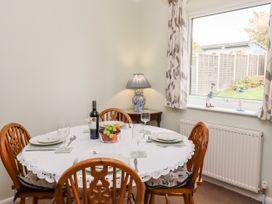Ferndown Cottage - Suffolk & Essex - 956459 - thumbnail photo 6