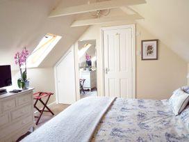 The Retreat - Somerset & Wiltshire - 956472 - thumbnail photo 9