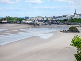 North Beach at The Hideaway - South Wales - 956836 - thumbnail photo 15