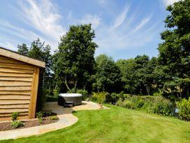 Kingfisher - Herefordshire - 957169 - thumbnail photo 17