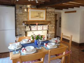 Strawberry Rose Cottage - Somerset & Wiltshire - 957382 - thumbnail photo 4