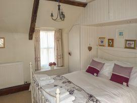 Strawberry Rose Cottage - Somerset & Wiltshire - 957382 - thumbnail photo 6