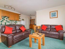 Yellow Sands Apartment 5 - Cornwall - 957904 - thumbnail photo 4