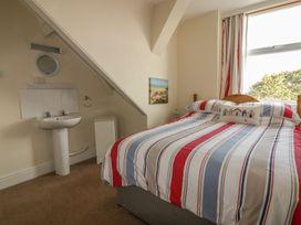 Yellow Sands Apartment 6 - Cornwall - 957905 - thumbnail photo 14