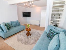 Seaview Apartment - Devon - 958086 - thumbnail photo 4