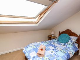 Taliharris Cottage - South Wales - 958209 - thumbnail photo 15