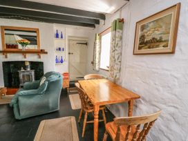 Taliharris Cottage - South Wales - 958209 - thumbnail photo 7