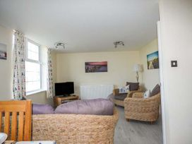 Flat 6 - Anglesey - 958245 - thumbnail photo 2
