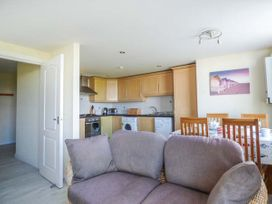 Flat 6 - Anglesey - 958245 - thumbnail photo 3
