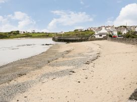 The Studio @ The Old Post Office - Anglesey - 958344 - thumbnail photo 10