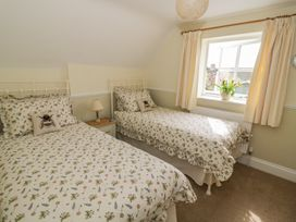 Bumble Cottage - Cotswolds - 958537 - thumbnail photo 16