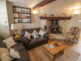 Bumble Cottage - Cotswolds - 958537 - thumbnail photo 5