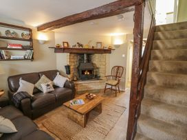 Bumble Cottage - Cotswolds - 958537 - thumbnail photo 7