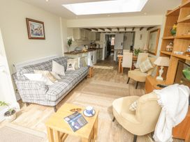 Bumble Cottage - Cotswolds - 958537 - thumbnail photo 11