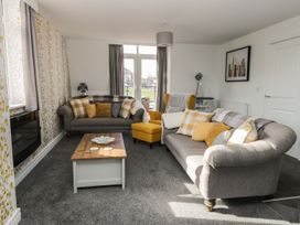 Manor Heath - The Penthouse - Whitby & North Yorkshire - 958921 - thumbnail photo 8