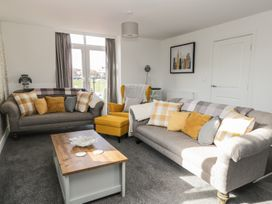 Manor Heath - The Penthouse - Whitby & North Yorkshire - 958921 - thumbnail photo 9