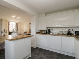 Manor Heath - The Penthouse - Whitby & North Yorkshire - 958921 - thumbnail photo 15