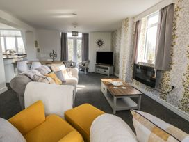 Manor Heath - The Penthouse - Whitby & North Yorkshire - 958921 - thumbnail photo 11