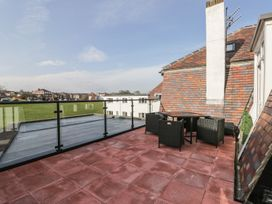 Manor Heath - The Penthouse - Whitby & North Yorkshire - 958921 - thumbnail photo 31