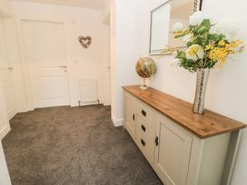 Manor Heath - The Penthouse - Whitby & North Yorkshire - 958921 - thumbnail photo 7