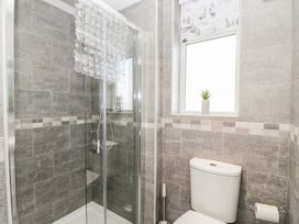 Manor Heath - The Penthouse - Whitby & North Yorkshire - 958921 - thumbnail photo 27