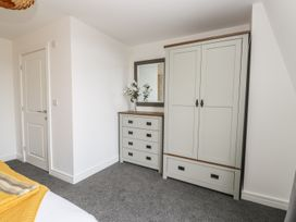 Manor Heath - The Penthouse - Whitby & North Yorkshire - 958921 - thumbnail photo 24