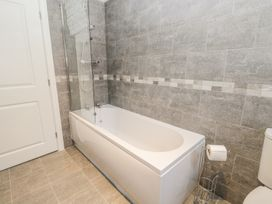 Manor Heath - The Penthouse - Whitby & North Yorkshire - 958921 - thumbnail photo 29
