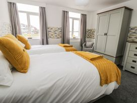 Manor Heath - The Penthouse - Whitby & North Yorkshire - 958921 - thumbnail photo 25