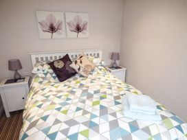 1 Old Mill Court - Devon - 959603 - thumbnail photo 3