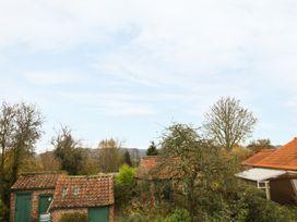 Sunnyside Garden Cottage - Whitby & North Yorkshire - 959719 - thumbnail photo 9