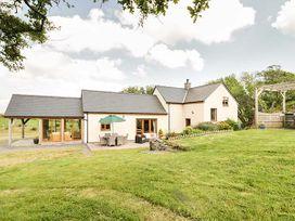 3 bedroom Cottage for rent in Denbigh