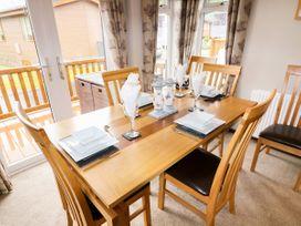 Lodge 85 - South Wales - 960386 - thumbnail photo 9