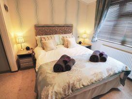 Lodge 85 - South Wales - 960386 - thumbnail photo 13