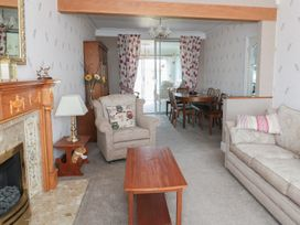 75 Mansfield Road - Peak District - 960393 - thumbnail photo 2