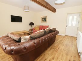 The Coach House - North Wales - 960680 - thumbnail photo 4