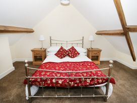 The Coach House - North Wales - 960680 - thumbnail photo 13