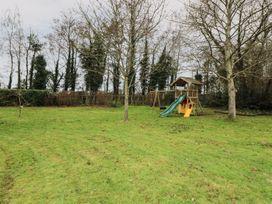 Bryony Cottage - South Coast England - 960707 - thumbnail photo 22