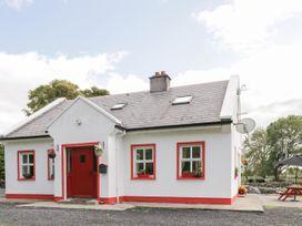 Lough Mask Road Fishing Cottage - Westport & County Mayo - 962060 - thumbnail photo 1