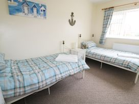 Anneddle - Anglesey - 962504 - thumbnail photo 10