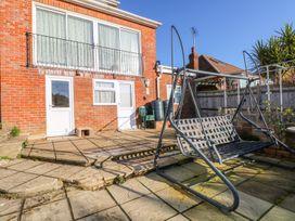 5 Firle Road Annexe - Kent & Sussex - 962509 - thumbnail photo 16