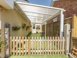 1 bedroom Cottage for rent in Winscombe