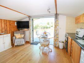 Lakeside Lodge - Norfolk - 963052 - thumbnail photo 4