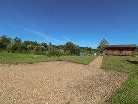 Lakeside Lodge - Norfolk - 963052 - thumbnail photo 2
