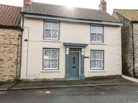 Crumble's Cottage - Whitby & North Yorkshire - 963136 - thumbnail photo 1